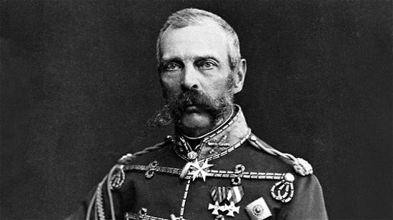1830 年亚历山大二世还是一个年轻人,他首次见到颜色变化的宝石被发现在 Russia(俄罗斯)的 Ural Mountains (乌拉尔山脉)。 — Corbis(科尔维斯)