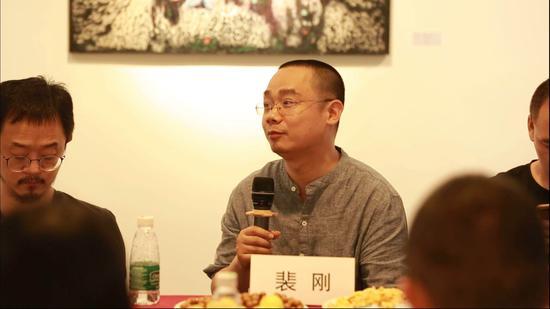 裴刚:雅昌艺术网画廊频道主编