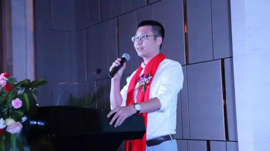 深圳文化产权交易所战略拓展事业部商务管理中心总经理杨凯乔先生致辞