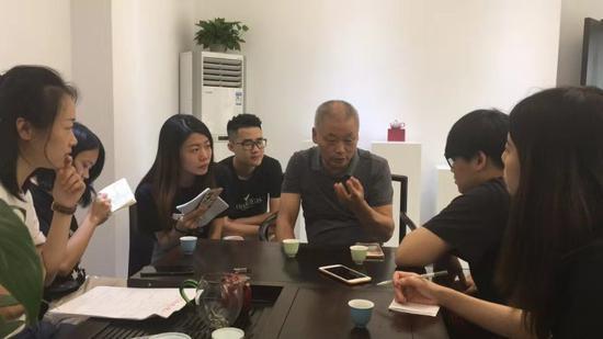 杨国喜老师向青年一代分享传承的意义