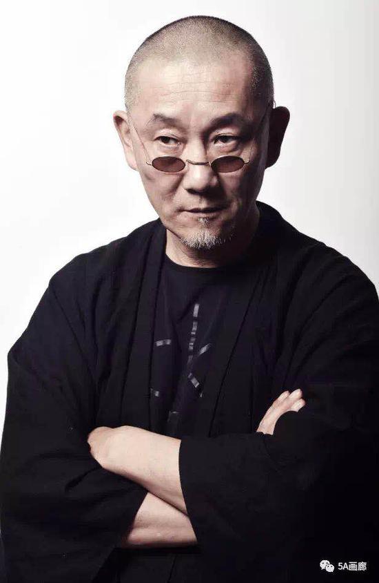 高欢:古歌博物馆馆长、艺术家、江苏省收藏家协会常务理事