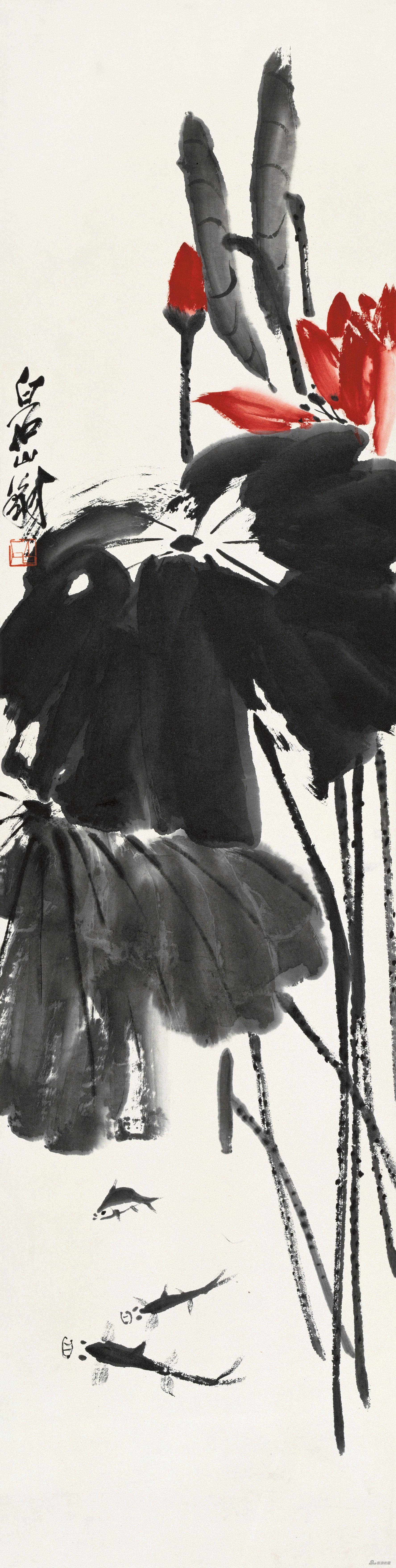 荷花小鱼 齐白石 134cm×34cm 无年款 纸本设色 北京画院藏