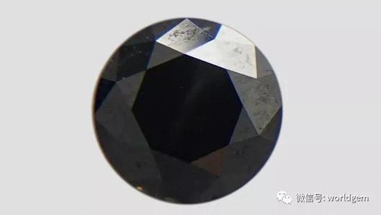1.03克拉黑色钻石   照片:Yujie Li