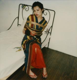 荒木经惟(b.1940)和服系列   宝丽莱   2006-2009年作