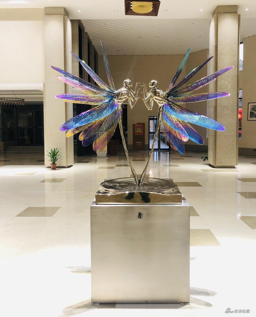 高孝午 再生-蜻蜓 不锈钢镀160x70x132cm 2020