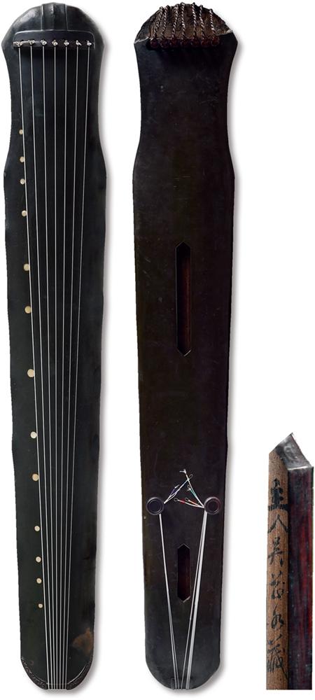 Lot 1378 明?吴芷水藏蕉叶式古琴 65万起拍,143.75万成交。