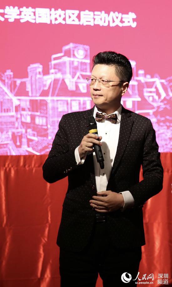 邢东先生是辉煌画派开派宗师。
