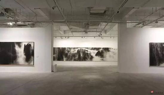 行者无疆——卓民水墨?岩彩之路在上海油画雕塑院美术馆开展
