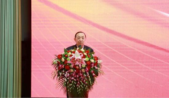 人力资源和社会保障部原副部长杨志明发言