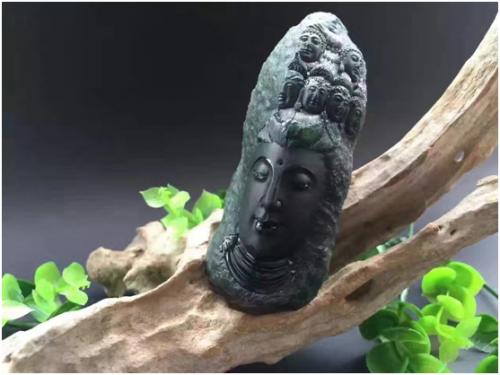 """作品《观音头》2016年""""中国工艺美术文化创意奖""""荣获铜奖"""