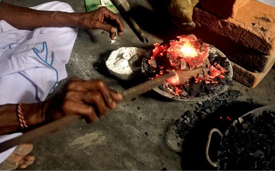 斯里兰卡的宝石鉴析