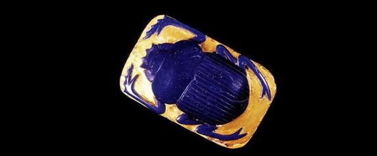 圣甲虫饰品被放置在木乃伊中保护免遭邪灵侵害