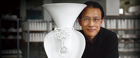 王侠军,著名白瓷艺术家,中华瓷器文化复兴者