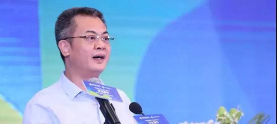 中国建设银行深圳市分行副行长杨辛发言