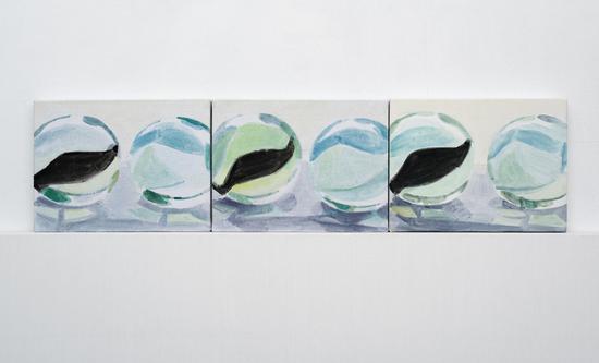 石至莹,《玻璃球6-8》,布面油画,30×40cm×3,2017