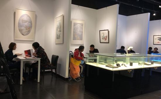 艺术馆洽谈区