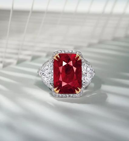9.18克拉天然缅甸未经加热鸽血红红宝石配钻石戒指
