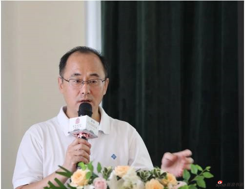 吕成龙先生发言
