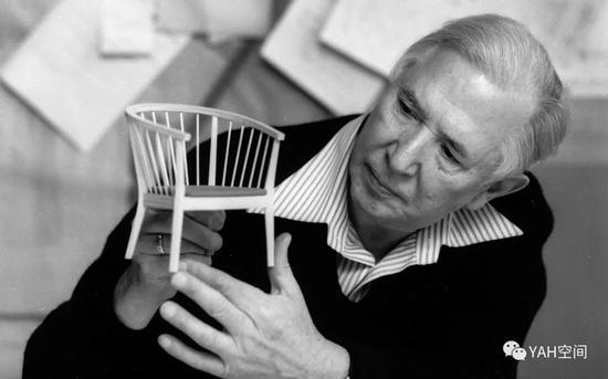 汉斯·韦格纳 (Hans J。 Wegner) (1914-2007)