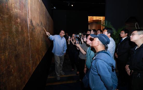(传)王维《著色山水图》