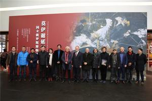 俄油画巨匠莫伊谢延科代表作品展开幕