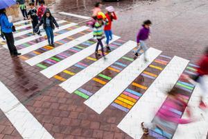 跨步艺术50例- 城市的艺术姿态
