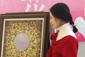 张少婷携《夏花姑娘》绽放2018女性艺术节
