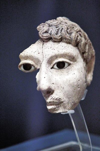 石膏木乃伊面具