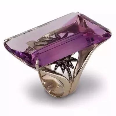 H。 Stern 紫水晶戒指