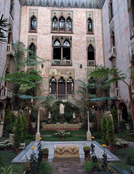 伊莎贝拉嘉纳艺术博物馆一景。图 取自Wikipedia。