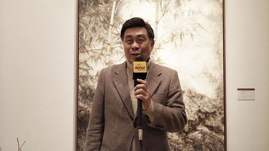 台湾画廊协会常务监事、台湾青云画廊董事长李青云