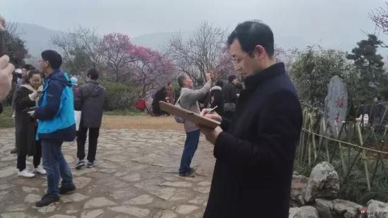 江苏省中国画学会副会长兼秘书长 韩显红写生采风