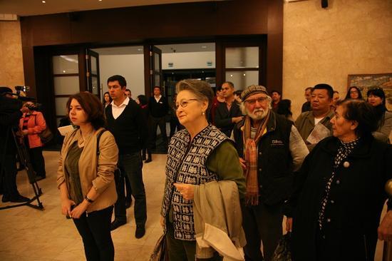 乌兹别克斯坦首都比什凯克市乌兹别克斯坦国家美术馆展览开幕式现场