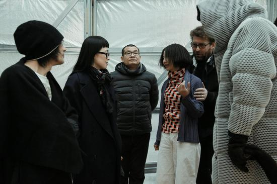 左起孙初、陈筱渔、吴鸿、覃琨瑛、Jiri Prihoda