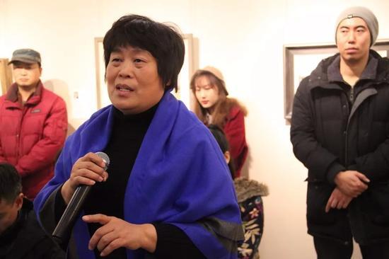 参展学员代表王桂馥女士讲述写生创作感言