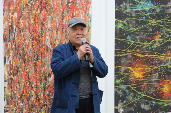 艺术家杨曾威先生致辞