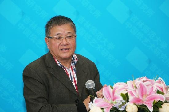 原中国美术馆党委书记、全国美术馆专业委员会副主任兼秘书长钱林祥先生致辞