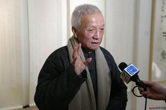 江苏省佛教协会常务理事、南京市佛教协会副会长刘大任接受媒体采访