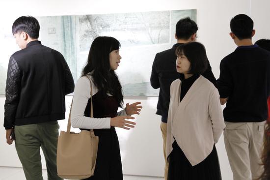 iSGO Gallery左儿与媒体现场交流