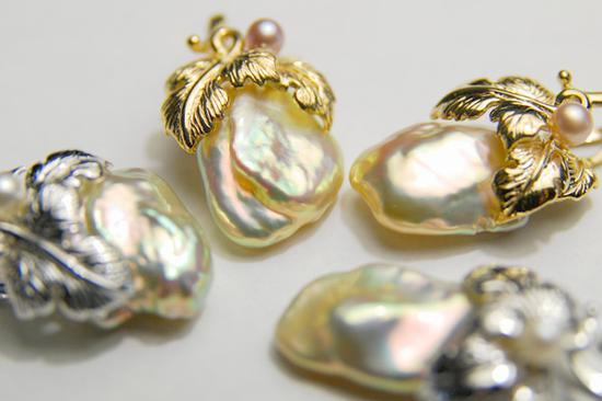 巴洛克珍珠(Baroquepearls):又称变形珠,圆形以外的形状甚具装饰性。