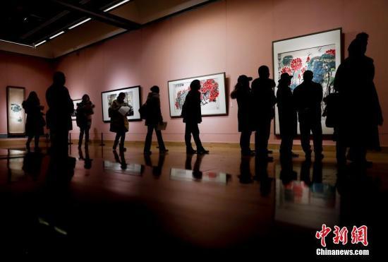 资料图 1月25日,中国美术馆举行新年展。中新社记者 杜洋 摄