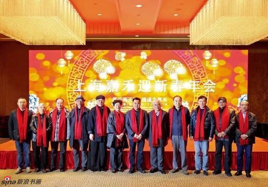 右起:万寿、吴超、王小明、宋玉麟、陆亨、魏辉、刘蟾、程多多、韩宁宁、谢定琨、郑竹三、任旭
