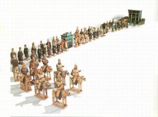 明 彩色釉陶仪仗俑队一套 共66件