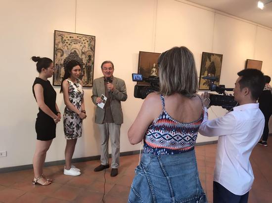 青年艺术家米巧铭接受意大利媒体采访