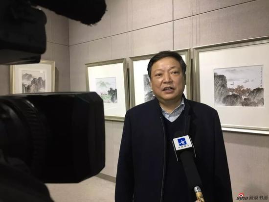 佘玉奇先生接受媒体采访