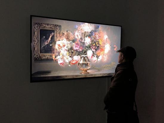 李二男作品《花和万物》,7 分 40 秒,2013