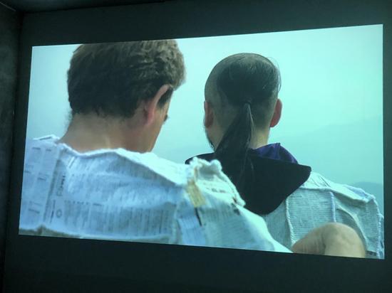 苍鑫 & Nacho Zubelzu,《石头·剪刀·布》,10 分钟,2016