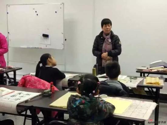 研究院李静院长亲自来到首期少儿班培训现场,并向家长及小学员们作了讲话