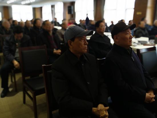原总后勤部政委张文台上将与军事科学院原院长刘精松上将在笔会现场