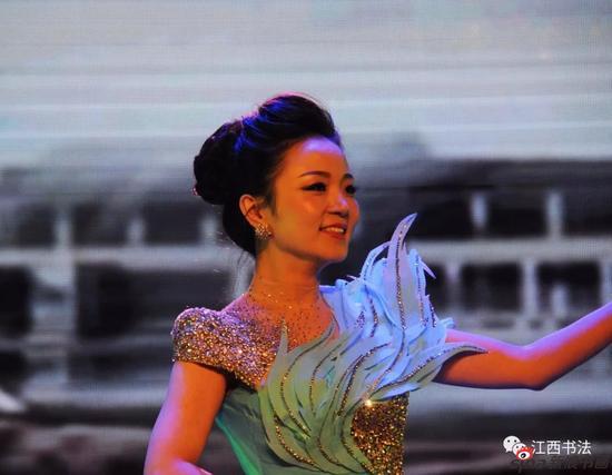 歌唱 水墨中国